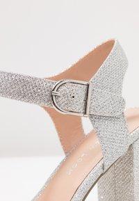 New Look - VIMS - Sandalias de tacón - silver - 2