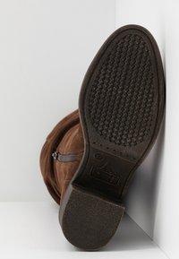 Bullboxer - Boots - dark brown - 6
