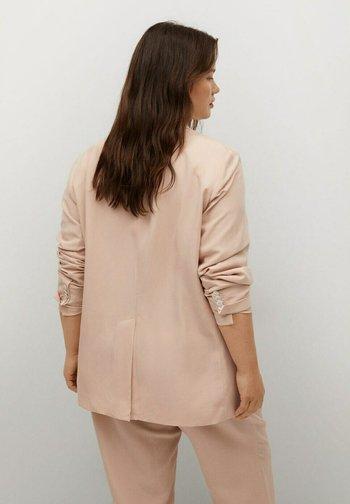 Krótki płaszcz - pastellrosa