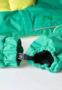 WeeDo - Gloves - monster green - 1