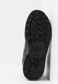 Nike Sportswear - MANOA '17 - Sneakersy wysokie - black - 5