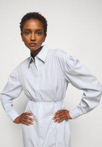 DESIGNERS REMIX - UMBRIA DRESS - Shirt dress - cream/blue - 3