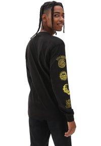 Vans - MN NEW AGE LS - Sweatshirt - black - 1