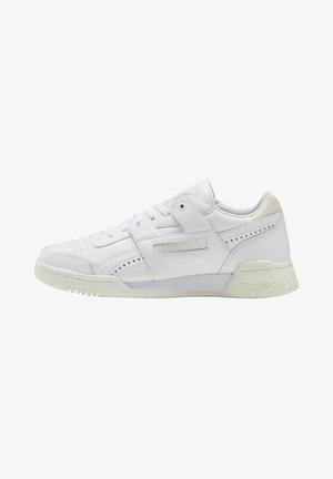 WORKOUT LO PLUS SHOES - Sneakers - white