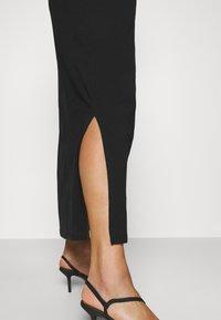 Vero Moda Curve - VMADAREBECCA ANKLE DRESS - Maxi dress - black - 3