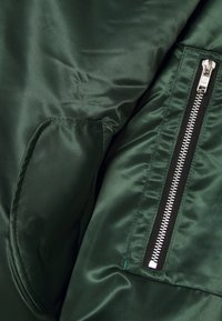 Ziq and Yoni - UNISEX JACKET - Bomberjacks - green - 2
