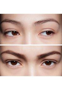 MAC - VELUXE BROW LINER - Eyebrow pencil - brunette - 1