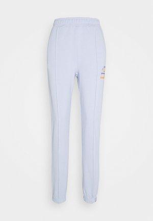 BENVEN PANT - Pantalon de survêtement - light blue