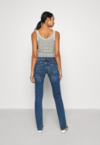 Pepe Jeans - HOLLY - Jean droit - medium used wiser wash - 2
