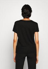 Filippa K - HAZEL TEE - Jednoduché triko - black - 2