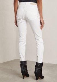 Hunkydory - Slim fit jeans - frosty chalk - 2