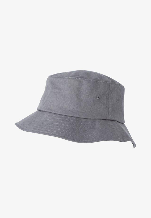 Hattu - grey