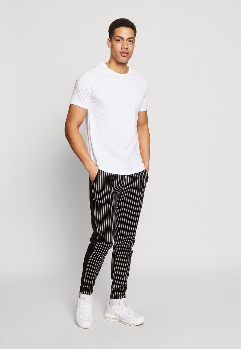 Burton Menswear London - 5 PACK - T-shirt - bas - white