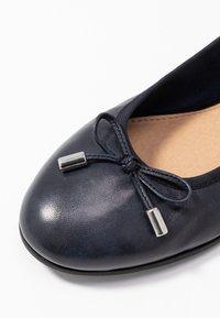 s.Oliver - 5-5-22112-24 - Ballet pumps - navy - 2