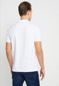 Lyle & Scott - SLIM FIT - Poloshirt - white - 2