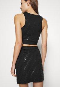 Calvin Klein Jeans - MILANO CROP TANK - Top - black - 3