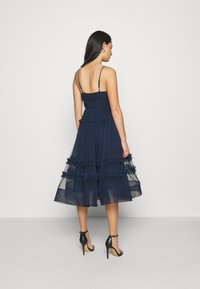 Lace & Beads - SHAY MIDI DRESS - Cocktailkjole - navy - 2