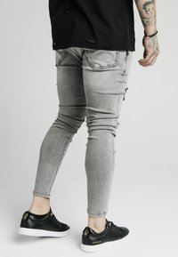 SIKSILK - DISTRESSED FLIGHT - Jeans Skinny Fit - snow wash - 4