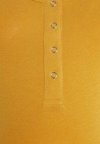 MAMALICIOUS - MLMAPLE LIA TANK TOP 2 PACK - Top - amber gold/ecru - 4