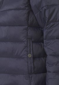 ONLY - ONLSANDIE QUILTED JACKET  - Lehká bunda - night sky - 5