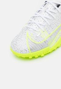 Nike Performance - JR MERCURIAL VAPOR 14 ACADEMY TF UNISEX - Astro turf trainers - white/black/metallic silver/volt - 5