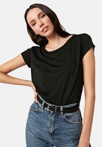 LC Waikiki - Basic T-shirt - black - 0