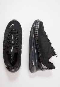 Nike Sportswear - MX-720-818 - Sneakers - black/metallic silver/anthracite - 1