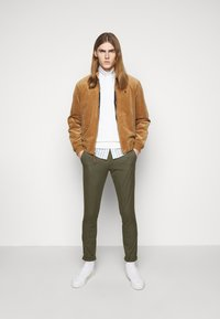 Polo Ralph Lauren - TAILORED PANT - Chino - expedition olive - 1