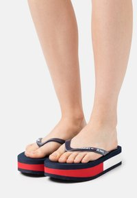 Tommy Jeans - THONG MID BEACH - T-bar sandals - twilight navy - 0