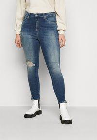 Calvin Klein Jeans Plus - HIGH RISE SKINNY ANKLE - Skinny džíny - 1a4 - 0
