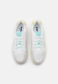 Diadora - BASKET ICONA  - Zapatillas - white/goldfinch/blue tint - 5