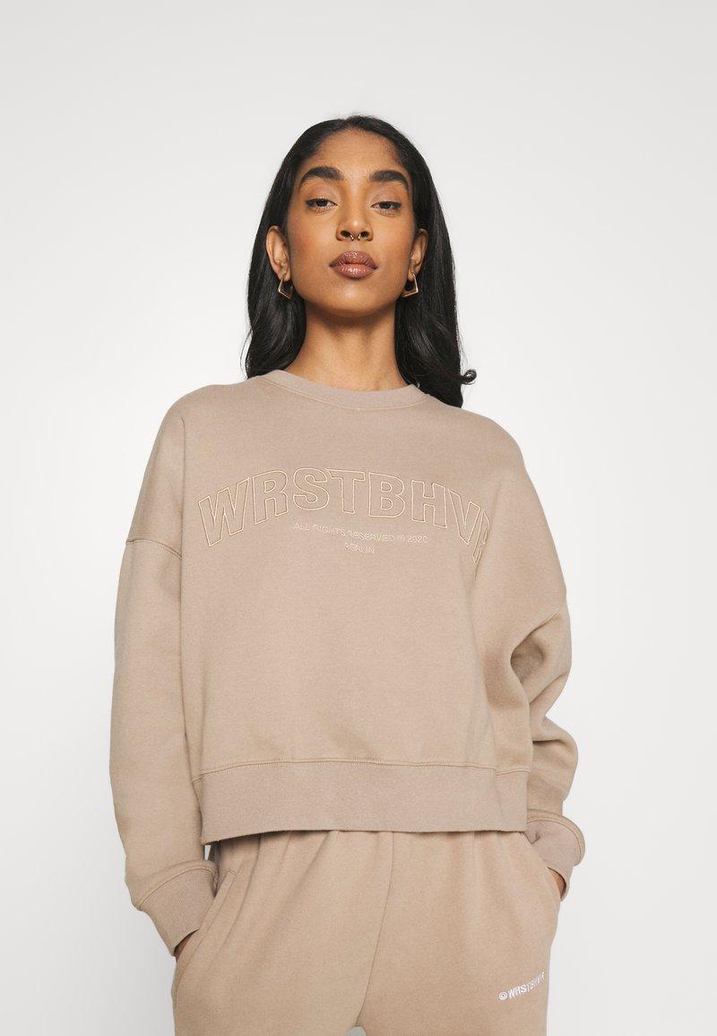 WRSTBHVR - GINGER SWEATER - Sweatshirt - roasted beige