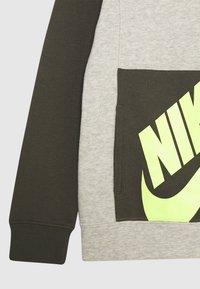 Nike Sportswear - Mikina - cargo khaki - 2