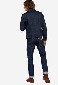 Wrangler - Denim jacket - dark blue - 2