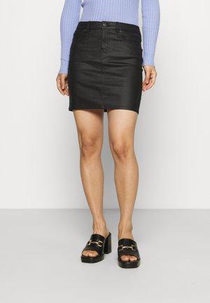 VMFAITH SHORT SKIRT  - Spódnica mini - black