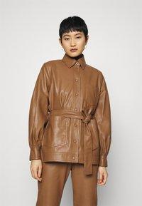 Samsøe Samsøe - VESTINE JACKET  - Faux leather jacket - camel - 0