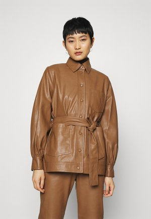 VESTINE JACKET  - Faux leather jacket - camel