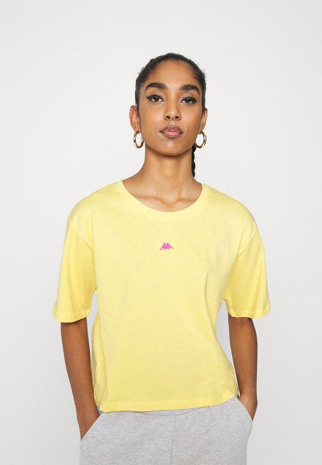 HELENE - T-shirt imprimé - sundress