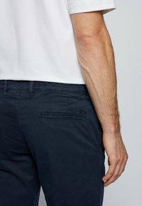 BOSS - Pantalon classique - dark blue - 3