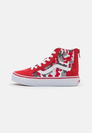SK8 ZIP - Sneakers hoog - racing red/true white