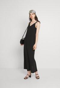 Vero Moda - VMMOLLY STRAP ANKLE DRESS - Maxi dress - black - 1