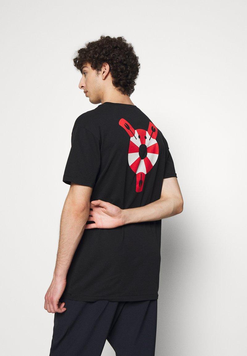 Henrik Vibskov - THE TEE - T-shirt print - lifesaving lobster black