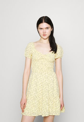 SHORT DRESS - Kjole - yellow
