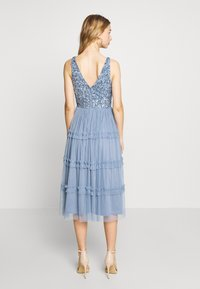 Lace & Beads - MARYAM MIDI - Cocktail dress / Party dress - dusty blue - 2
