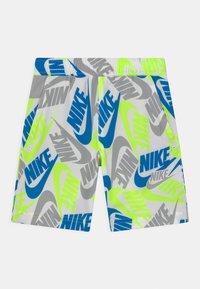 Nike Sportswear - Shorts - white - 0