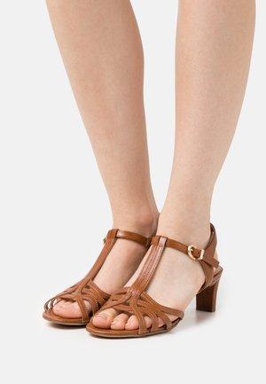 OLEA BASIC - Sandals - brown