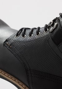 Call it Spring - ELTHAM - Bottines à lacets - black - 5