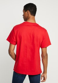 Perry Ellis America - Print T-shirt - haute red - 2