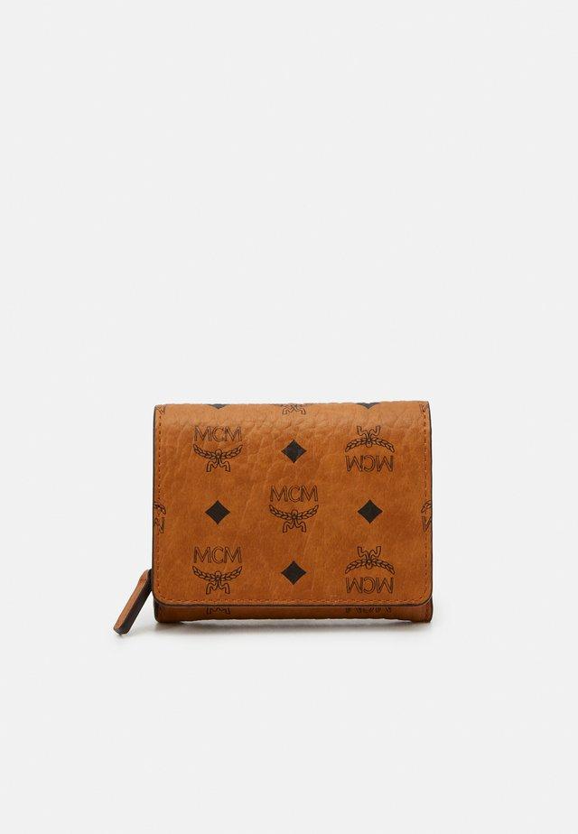 VISETOS ORIGINAL FLAP WALLET TRI FOLD MINI - Wallet - cognac