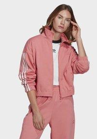 adidas Originals - Treningsjakke - hazy rose - 0